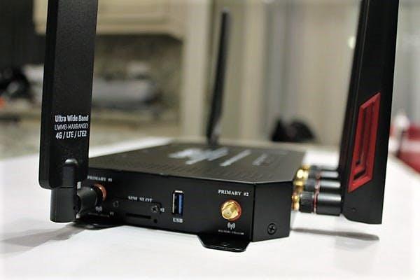 MoFi 5500 5GXeLTE Cellular Antenna Ports